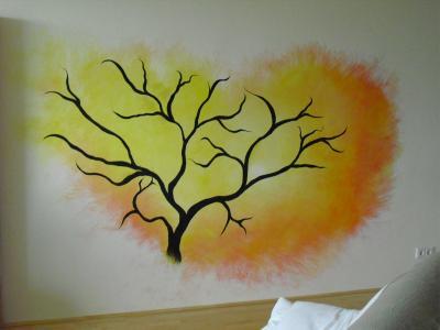 Baum mit Sonnenaufgang